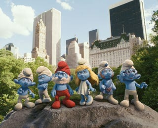Illustration for article titled Smurfs in Central Park Photo