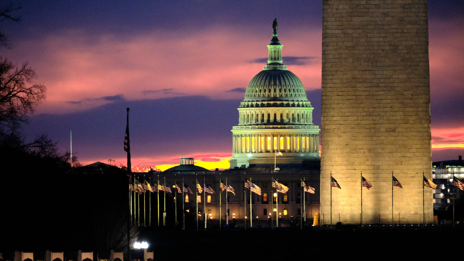 QnA VBage Senators Introduce Bill to Stop 'Dark Patterns' Huge Platforms Use to Trick Users