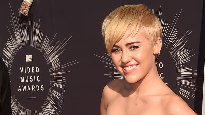 """Illustration for article titled Miley Cyrus to Debut """"Dirty Hippie"""" Art Collection at NY Fashion Week"""