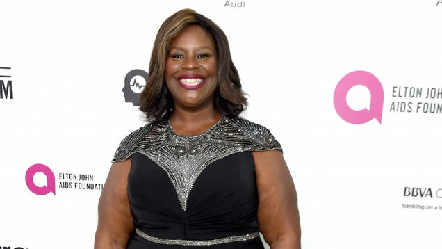 Amahzing News: Retta Will Co-Star in Casey Wilson s New Sitcom Hail Mary