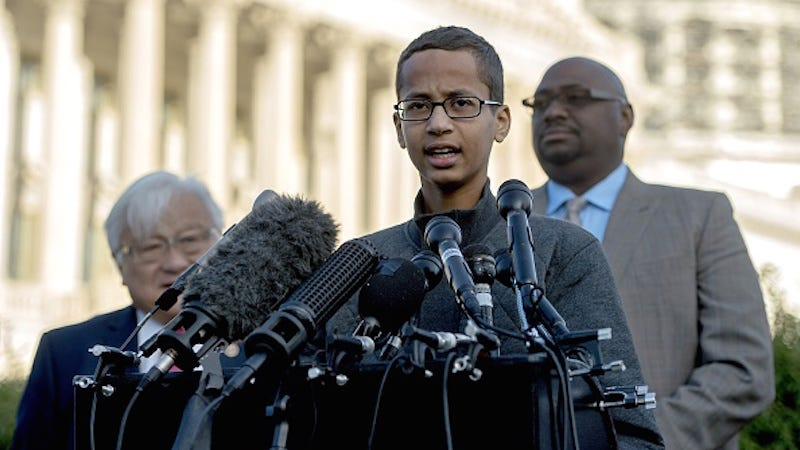 Illustration for article titled Feds to Investigate Whether Ahmed Mohamed's Civil Rights Were Violated