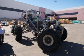 Illustration for article titled Hydraulic-Powered Rock Crawler Sneaks Into SEMA