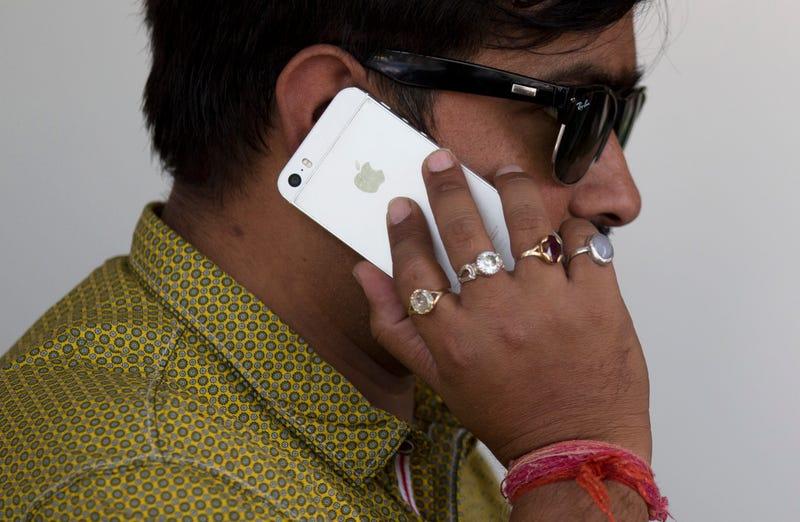 Iphone. AP