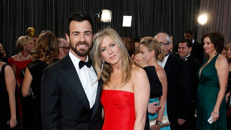 Illustration for article titled Jennifer Aniston and Justin Theroux Might Already Be Married?