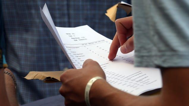California High Schooler Changes Grades After Phishing Teachers, Gets 14 Felonies for His Efforts