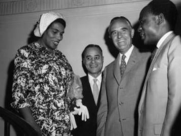 Marian Anderson, Ralph Bunche, W. Averell Harriman and Kwame Nkrumah (Hulton Archive)