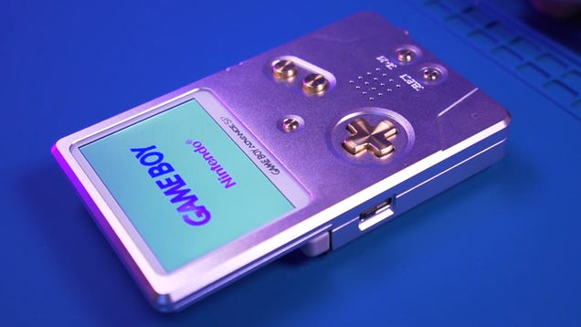 Lustworthy Aluminum Shell Turns the GBA SP Into a MacBook-Inspired Original Game Boy