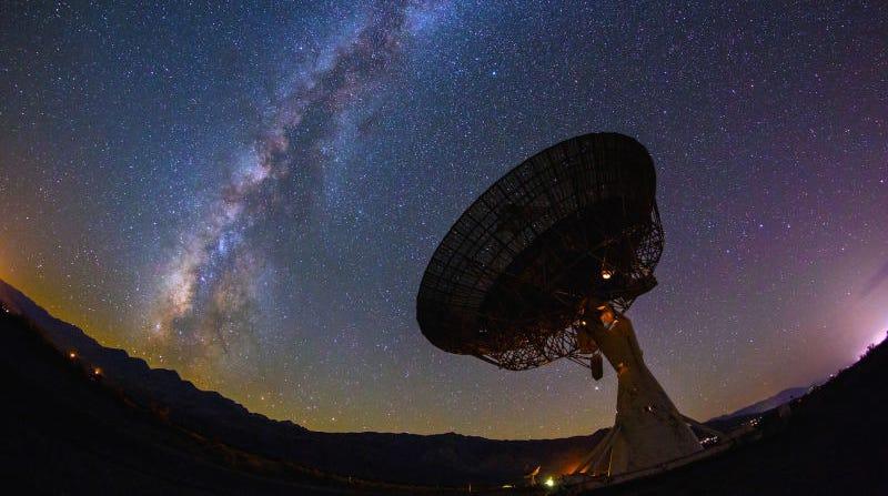 Illustration for article titled Cómo piensan resolver los astrónomos el misterio de la megaestructura alienígena