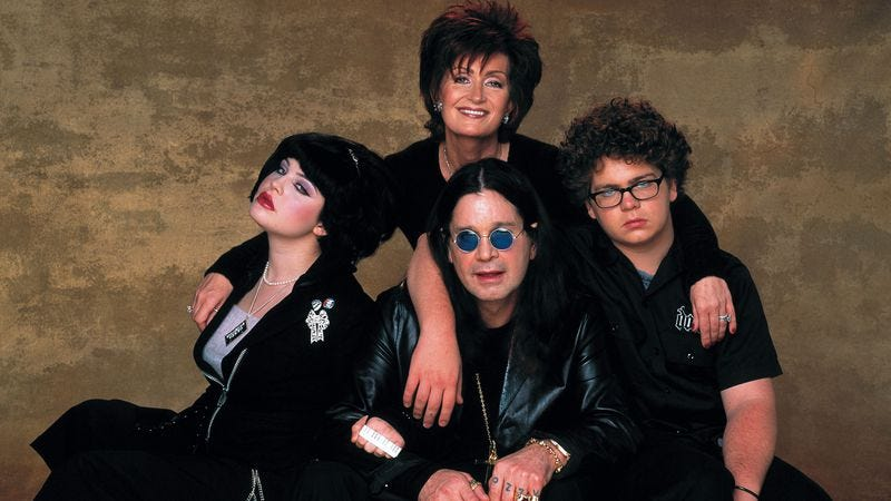 Illustration for article titled The Osbournes to return to television for short, less chaotic update