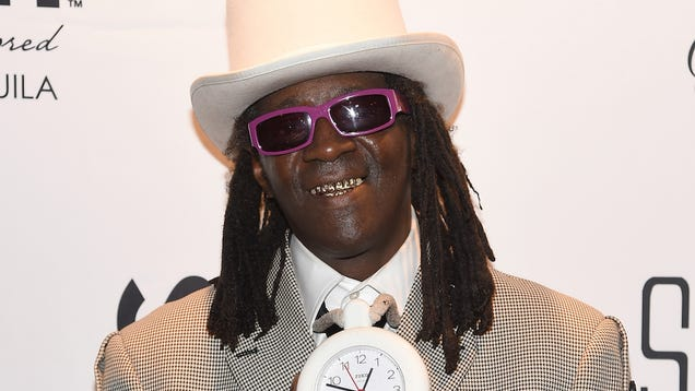 Flavor Flav Is the Current Owner of O.J. Simpson s Life-Sized O.J. Statue