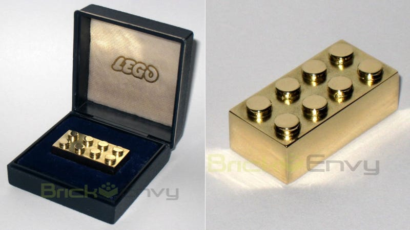 Illustration for article titled The World's Most Expensive Lego Is A $14,500 Solid Gold Brick