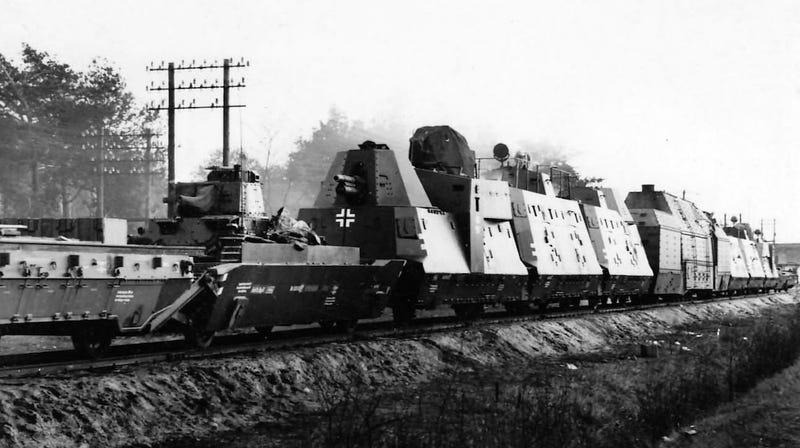 Illustration for article titled Polonia moviliza su ejército para buscar un antiguo tren nazi lleno de oro