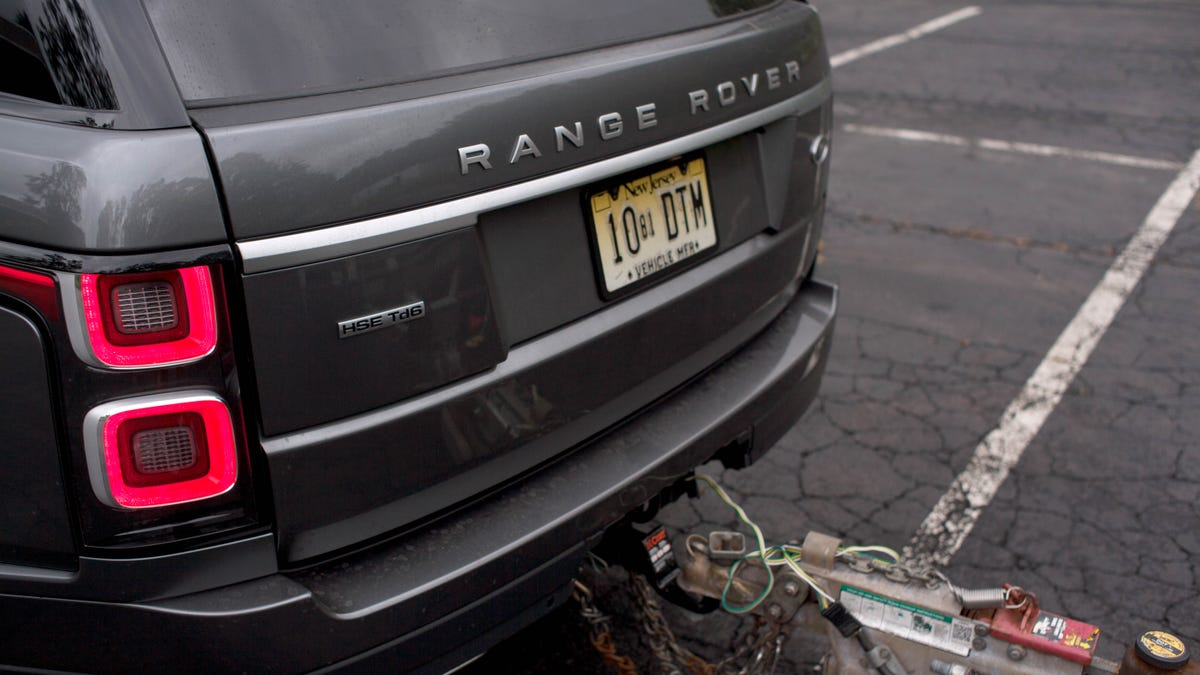 Towing With a $100,000 Range Rover Diesel Is the Best Way to