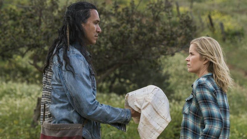 A New Fear the Walking Dead Preview Is Heavy on Drama, Light on Zombies