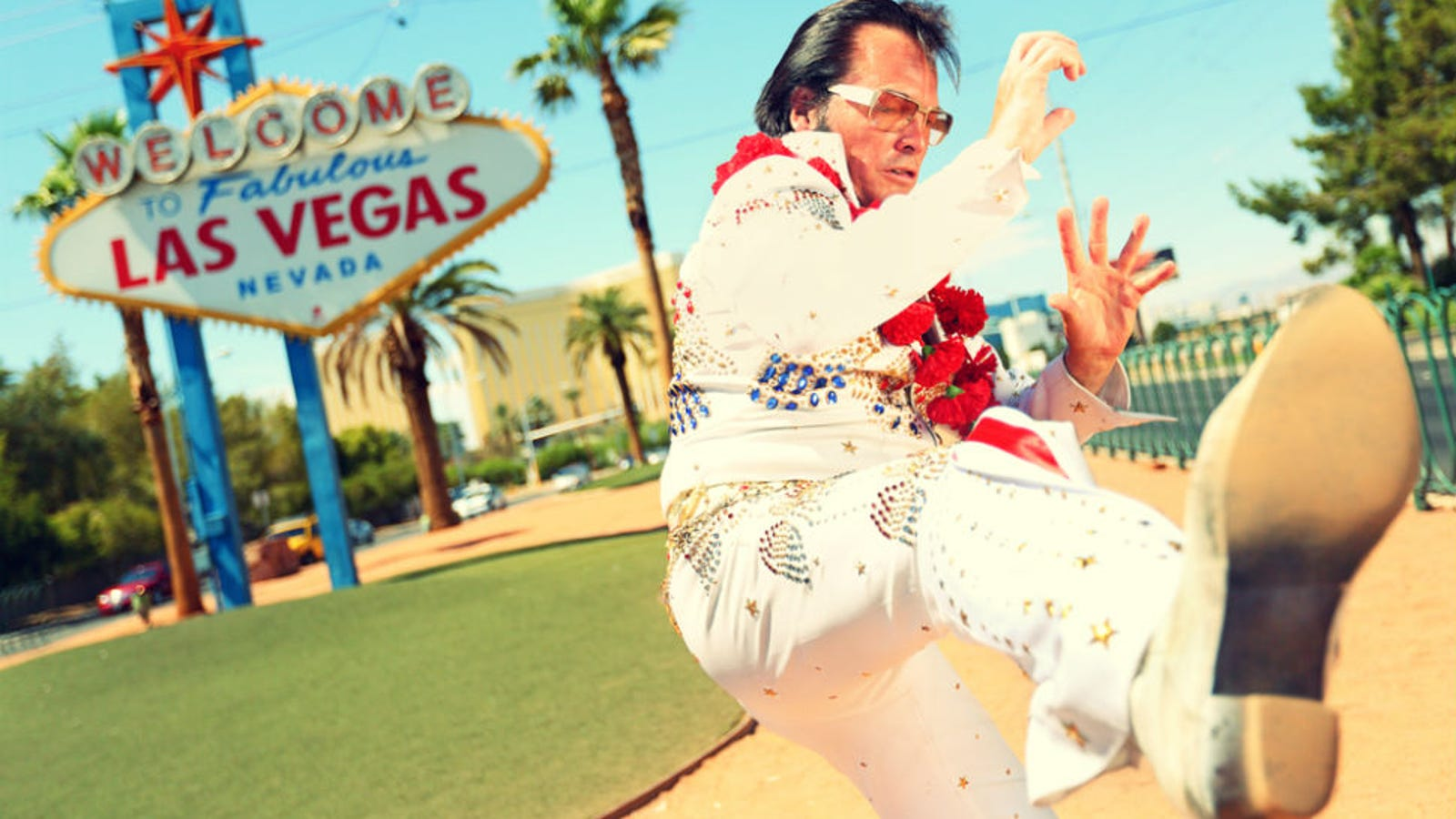 Elvis wedding chapels in las vegas won39t let same sex for Gay wedding packages las vegas