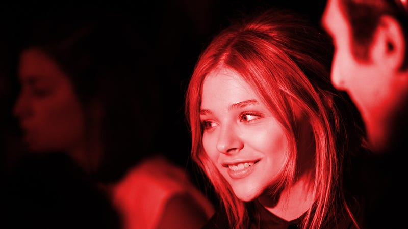 Illustration for article titled Chloe Moretz Is Your New Carrie, But Will She Remember to 'Plug It Up'?
