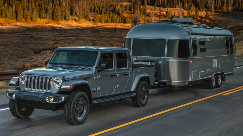Illustration for article titled What Do You Want to Know About the 2020 Jeep Gladiator?