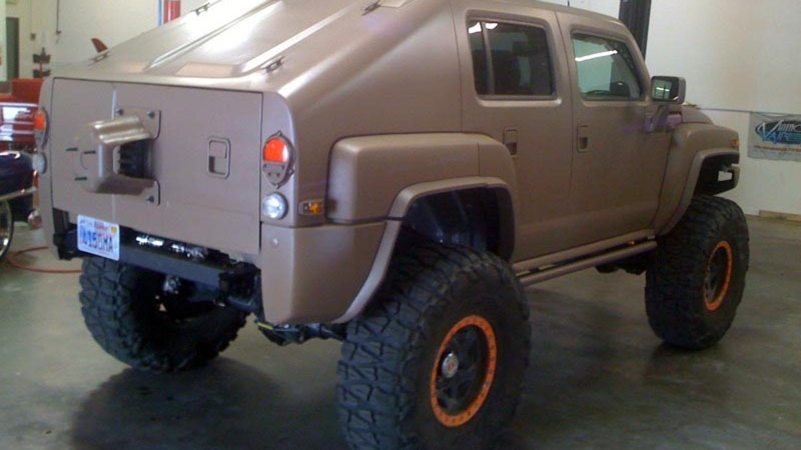 The H3 Recon Makes Other Hummers Look Lame