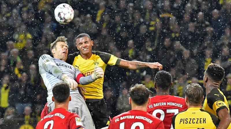 Illustration for article titled Borussia Dortmund Defender Manuel Akanji Is The King Of Quick Maths