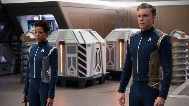 Michael Burnham (Sonequa Martin-Green) and Captain Pike (Anson Mount) prepare for a tough journey.