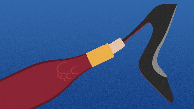 Illustration for article titled Can you MacGyver a wine bottle open with a shoe?