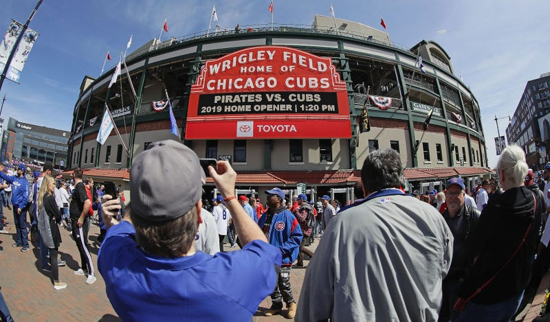 """Illustration for article titled Cubs Remove Historic """"No Women Admitted"""" Sign From Press Box One Day After Putting It Up"""