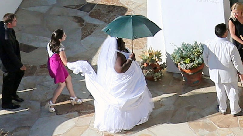 Illustration for article titled Prankster Gabby Sidibe Wore a Wedding Dress to Jimmy Kimmel's Wedding