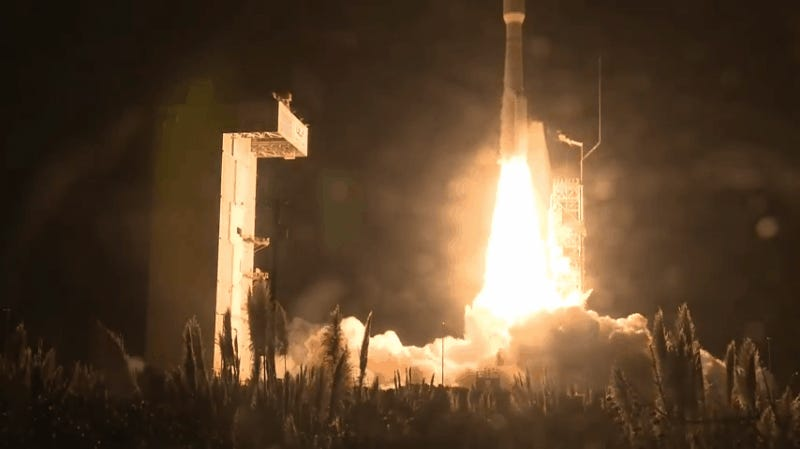 ULA's Atlas V Sends NRO-42 Natl Security Payload to Space
