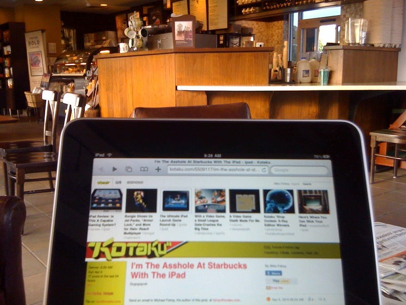 Illustration for article titled I'm The Asshole At Starbucks With The iPad