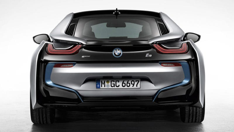 The 2017 Bmw I8 Looks Impossibly Cool It S Most Futuristic Road Car That I Can Think Of And Love But Ve Now Seen Something On Twitter T