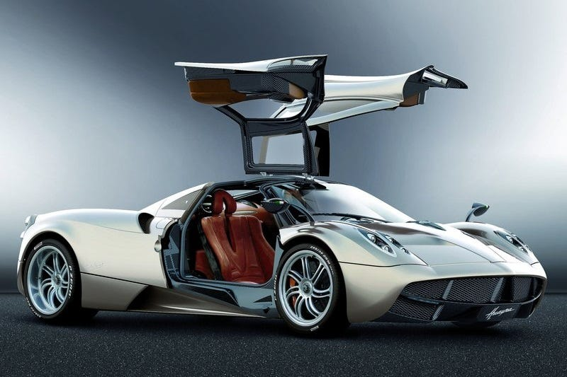 The New Pagani Huayra Roadster Deserves Better Than This Poor Leaked