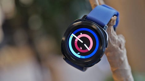 bff1953afb7c Samsung s Gear Sport Is Easier to Use Than the Apple Watch