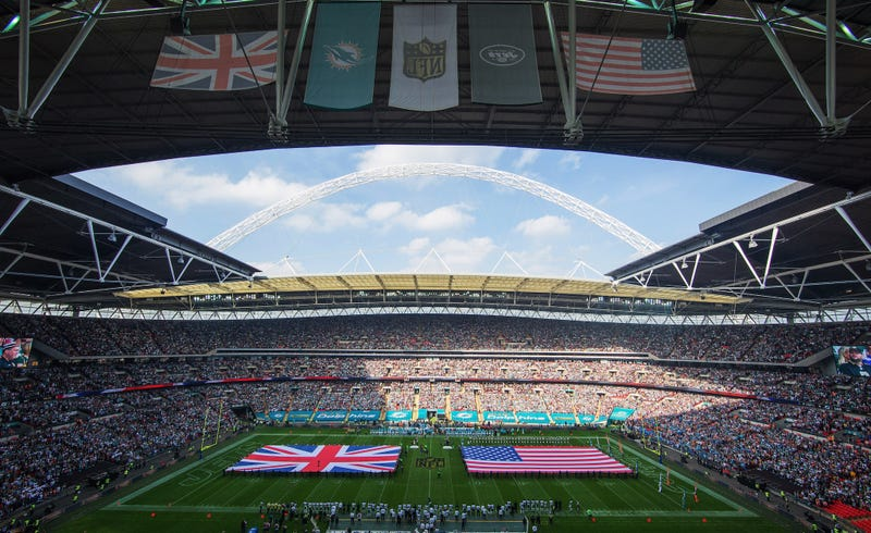 Illustration for article titled NFL Signs Deal To Play Even More Games In London