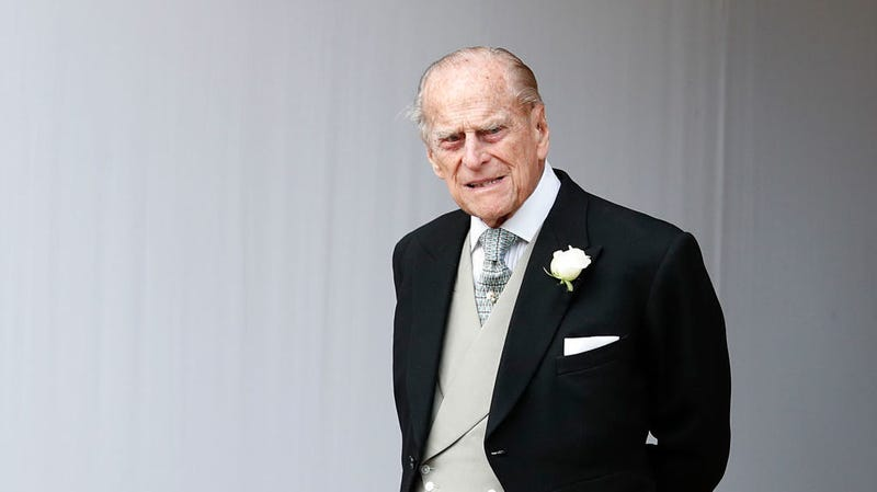 Illustration for article titled Prince Philip Is Sorry About That Car Crash