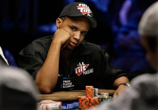 Illustration for article titled How Phil Ivey Beat (Or Maybe Cheated) A Casino For Millions