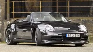 Illustration for article titled Facing Germany's Speed Police in a 910-hp Porsche
