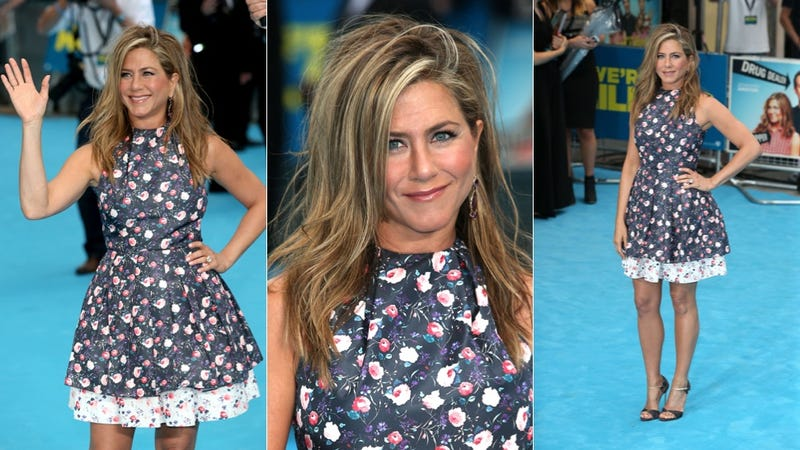 Illustration for article titled Jennifer Aniston Tries (and Fails) to Achieve 'The Rachel'