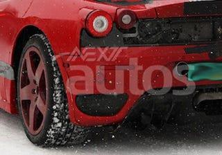 Illustration for article titled Ferrari F450 Mule Conceals New 4.5-Liter V8