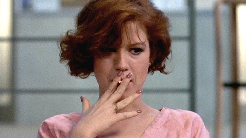 Illustration for article titled Molly Ringwald Tells Reddit Secret of Youth is 'Blood of Kristen Stewart'