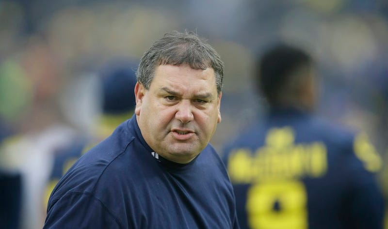 Illustration for article titled Brady Hoke, Who Made Bad Decisions, Questions Jim Harbaugh's Fourth-Down Decision