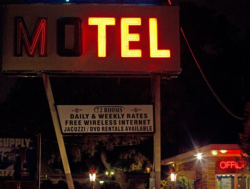 Illustration for article titled Owner Of Cheap Motel Fixes Sign To Flicker Just Right