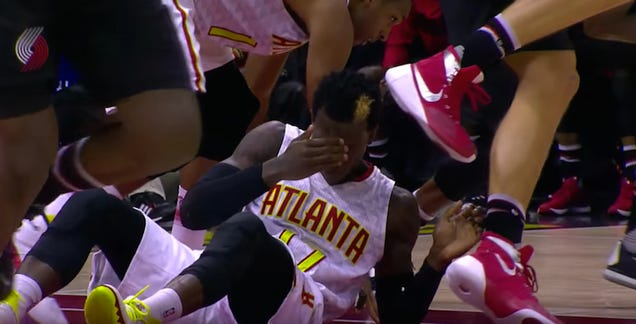 Dennis Schröder Gets Tooth Knocked Out, Puts It In His Sock