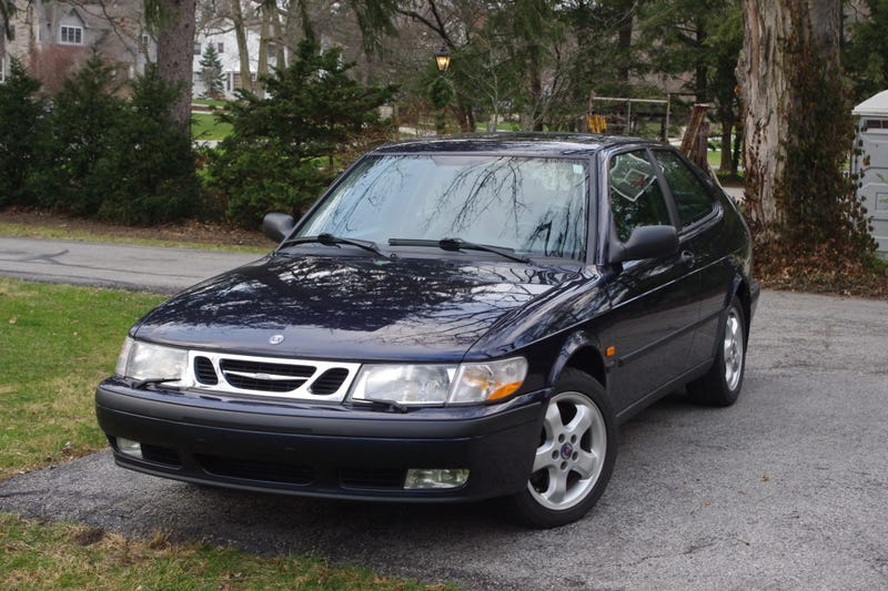 Illustration for article titled Some Saab Pics!