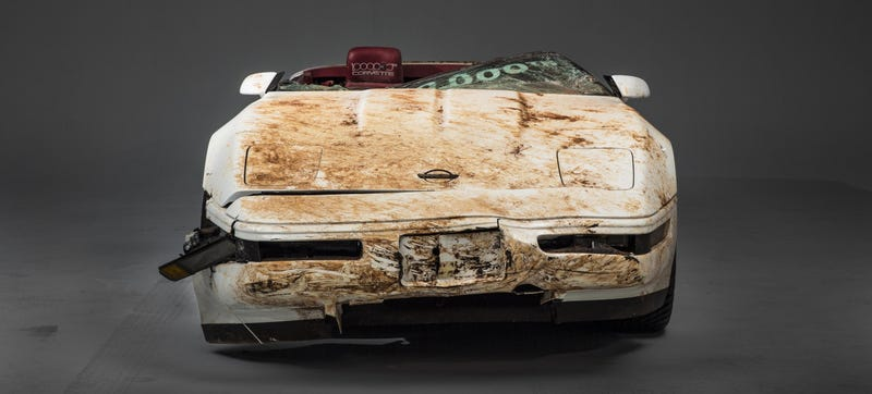 Illustration for article titled Here's How They'll Restore The Sinkhole-Damaged 1 Millionth Corvette