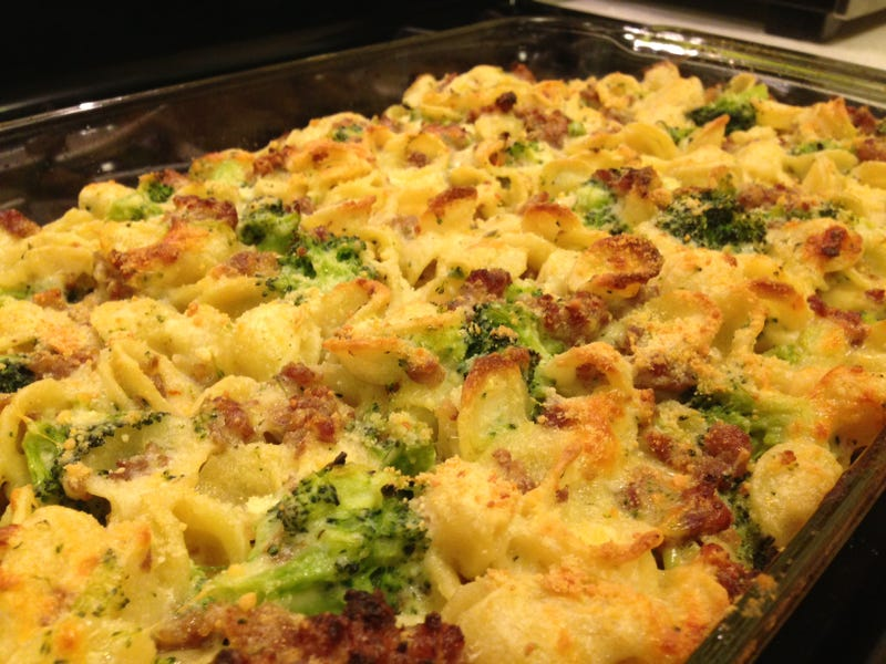 Illustration for article titled Sausage Broccoli Pasta Bake!