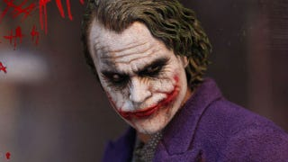 Illustration for article titled Is This a Photo of Heath Ledger, or a Joker Action Figure?