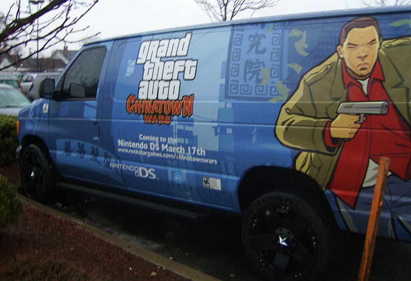 Illustration for article titled This Chinatown Wars Van Begs To Be Stolen