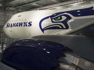 Illustration for article titled BOEING 12 - If you like airplanes or Seahawks...