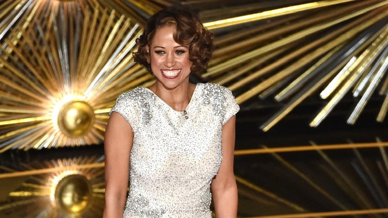 Illustration for article titled Stacey Dash Accuses BET of Racism, Calls Jesse Williams a 'Hollywood Plantation Slave'