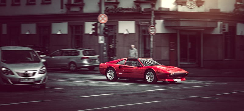 Illustration for article titled Your Ridiculously Awesome Ferrari 308 GTS Wallpaper Is Here